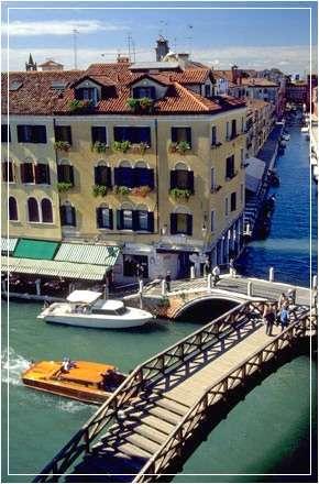 hotel arlecchino in venedig venezia italien. Black Bedroom Furniture Sets. Home Design Ideas