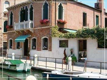 hotel alla fava in venedig venezia italien. Black Bedroom Furniture Sets. Home Design Ideas