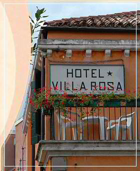 hotel villa rosa in venedig adria italien. Black Bedroom Furniture Sets. Home Design Ideas